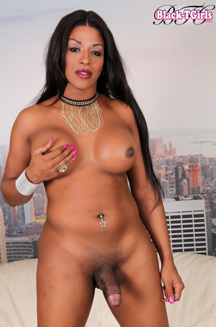 Black-Tgirls_-_Delicious_Starr_is_a_sexy_tall_transgirl_with_a_delicious_curvy_body.png